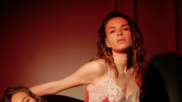 seksualnaya-molodezh-video