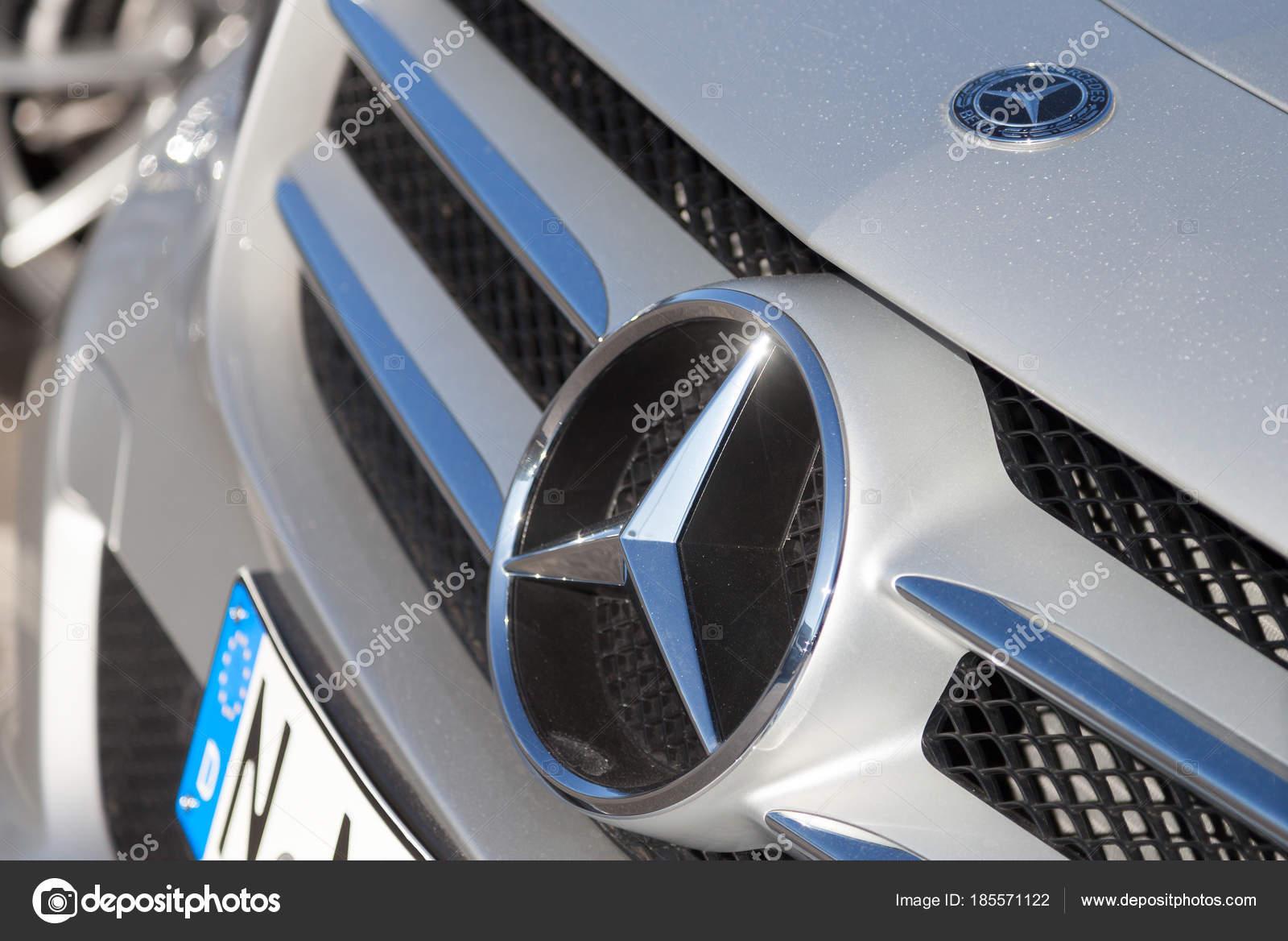 fuerth germany february 2018 mercedes benz symbol car mercedes benz