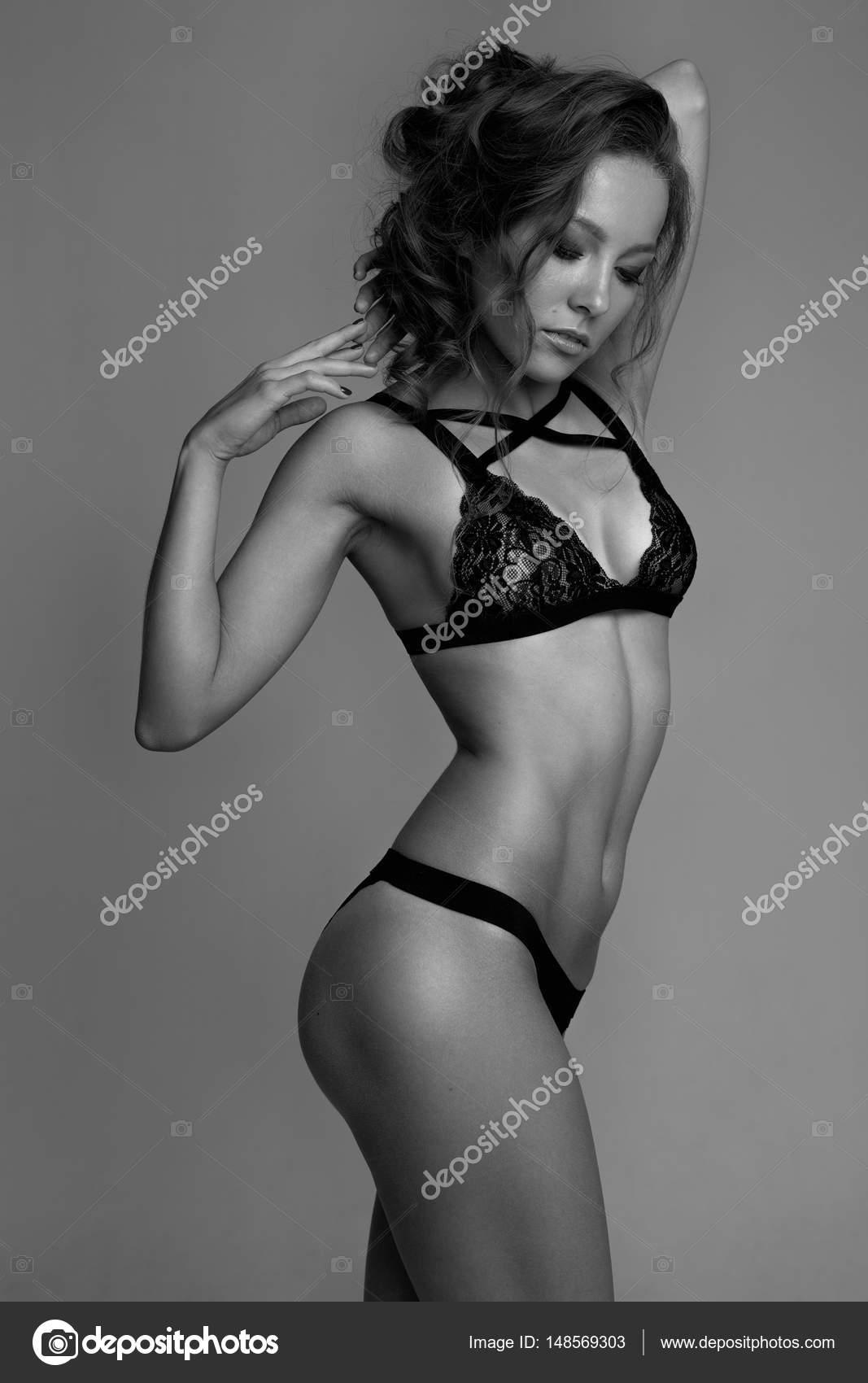 Ebony shemale porn pics