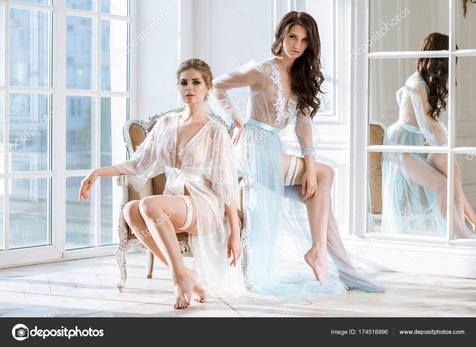 obrázky sexy nahé dámy
