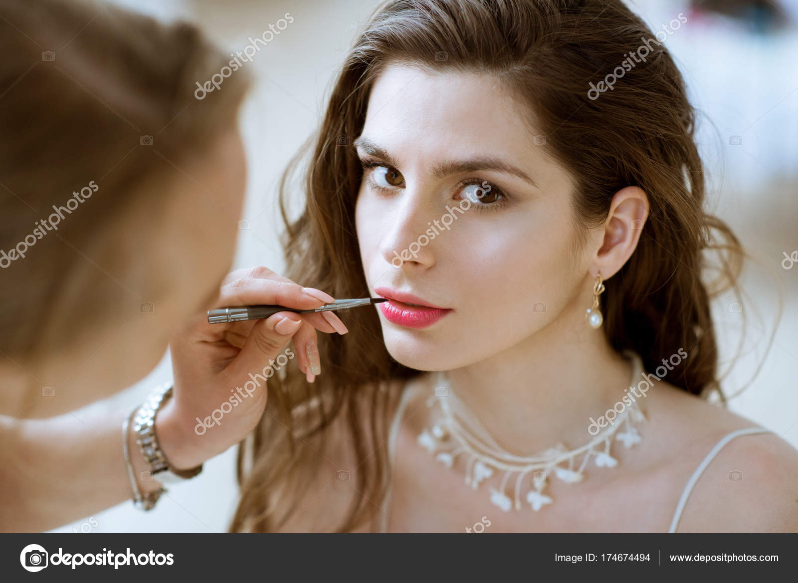 Arabic Makeup Bridal Wedding Makeup Artist Making A Make