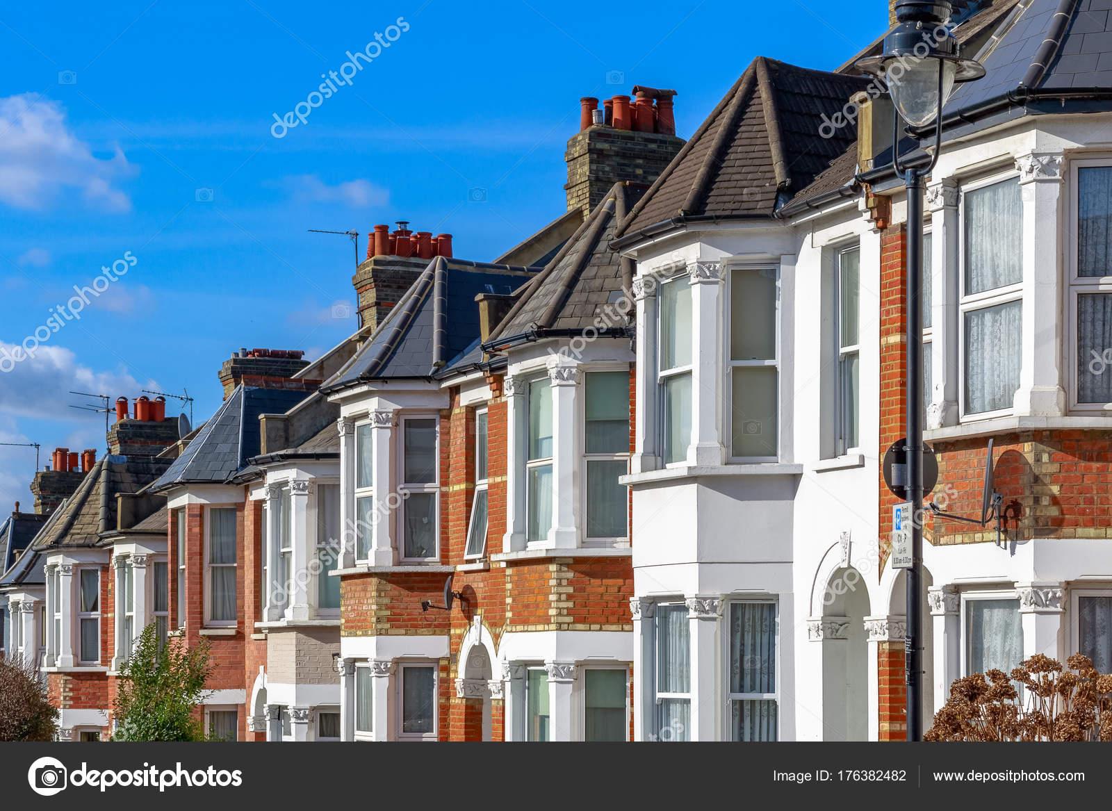 Case tipiche inglesi a schiera nel west hampstead londra for Case inglesi foto