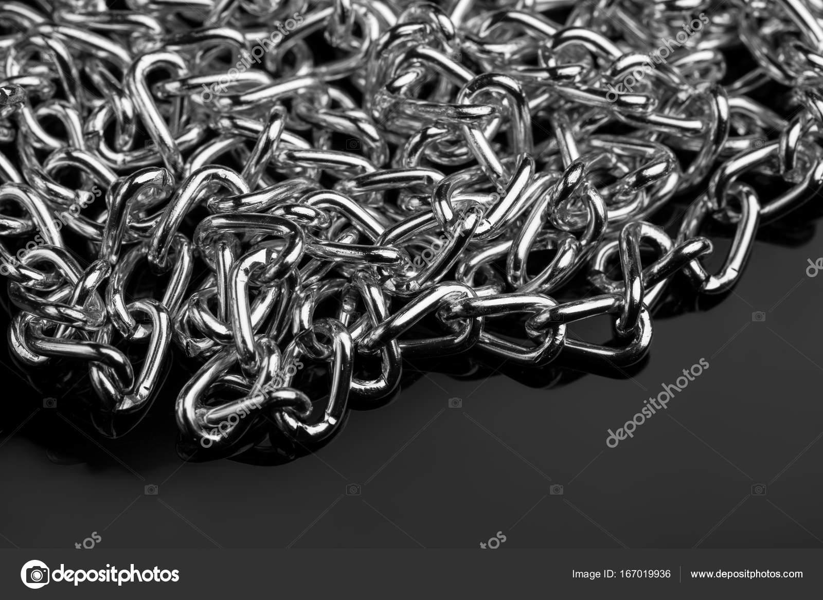 6670cc60e6 Σετ μεταλλική αλυσίδα διαφορετικού μήκους. Αξεσουάρ. Χρυσοχοεία. Ασήμι —  Εικόνα από malyarevsky.stock.gmail.com. Βρείτε παρόμοιες εικόνες