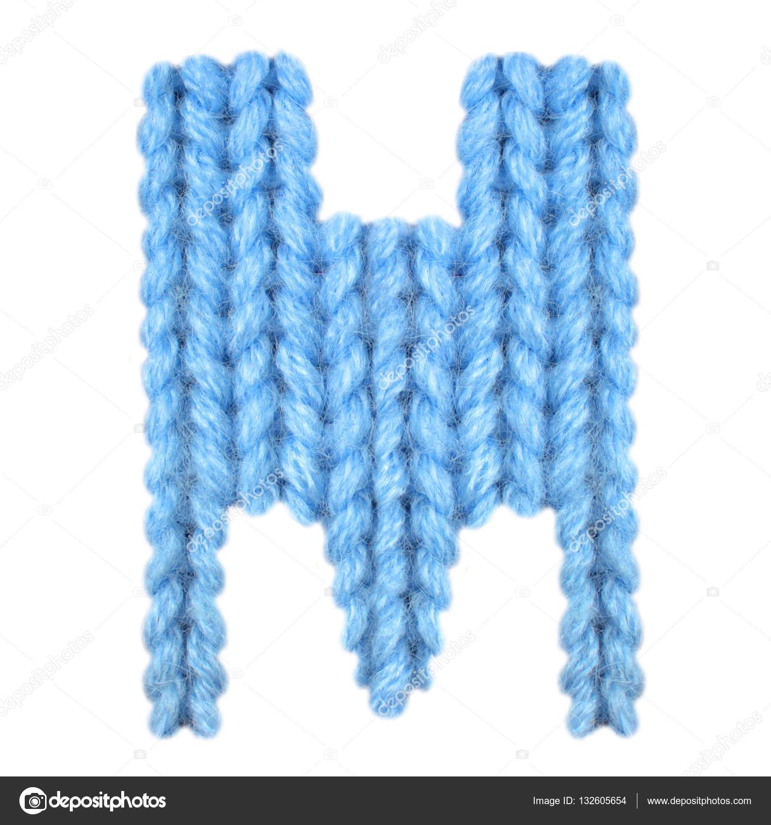 Englische Alphabet Buchstaben M, Farbe blau — Stockfoto © lbrfzhjpf ...