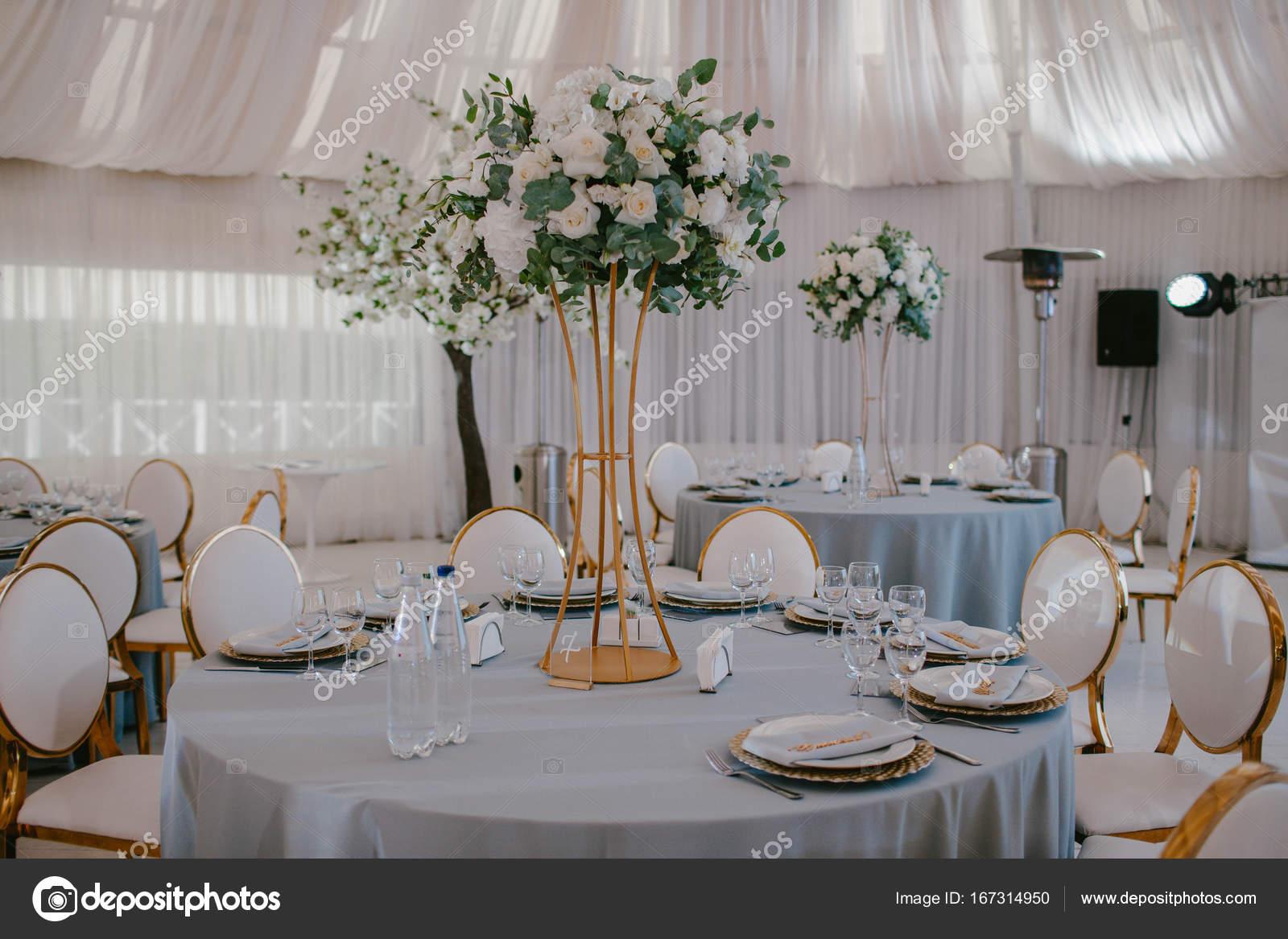 Dekoration Blumen Hochzeitstisch Stockfoto C Eto Pro Xii Yandex Ru