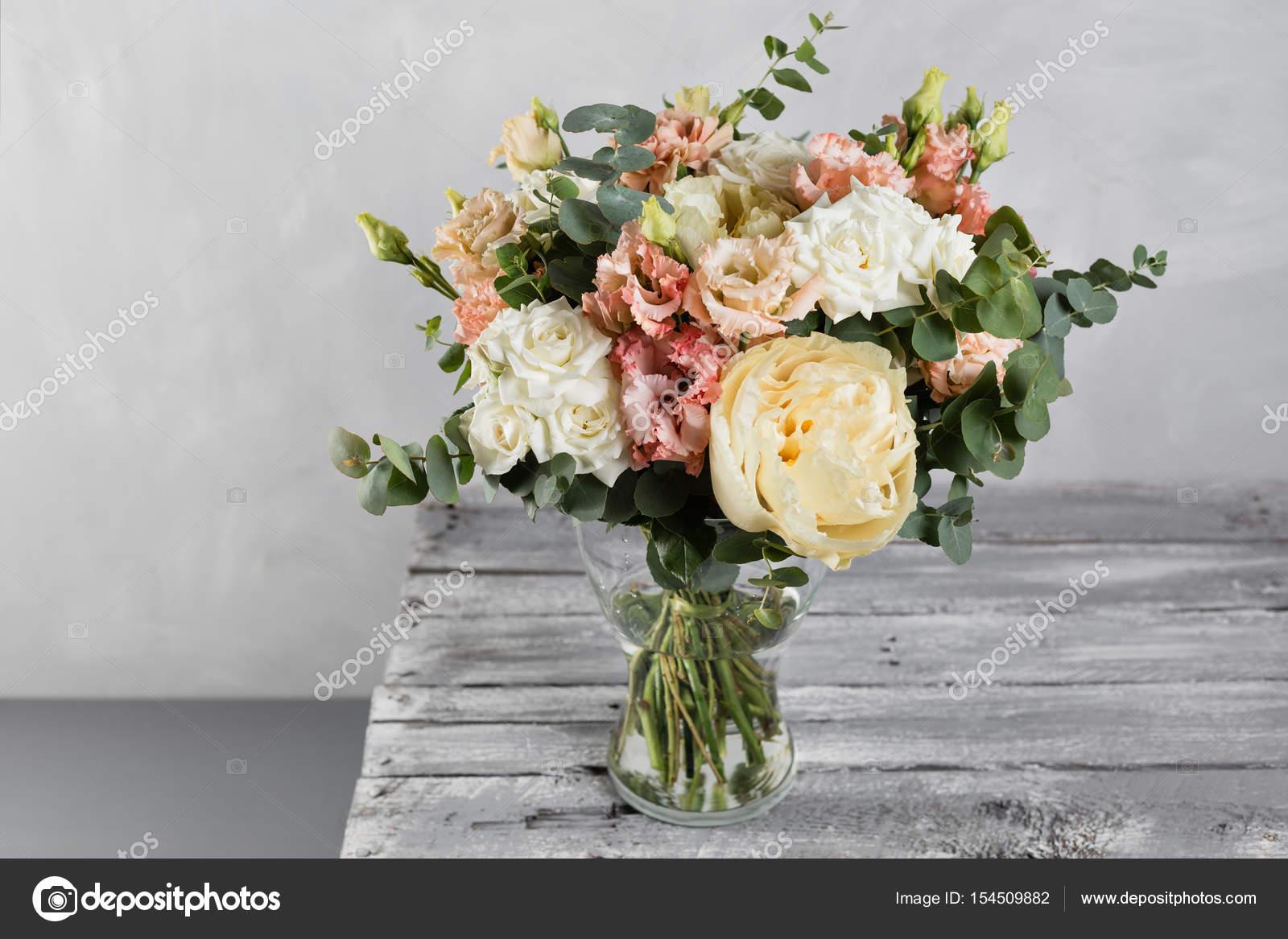 Vintage Brautstrauss Die Braute Schon Von Gemischten Blumen Und