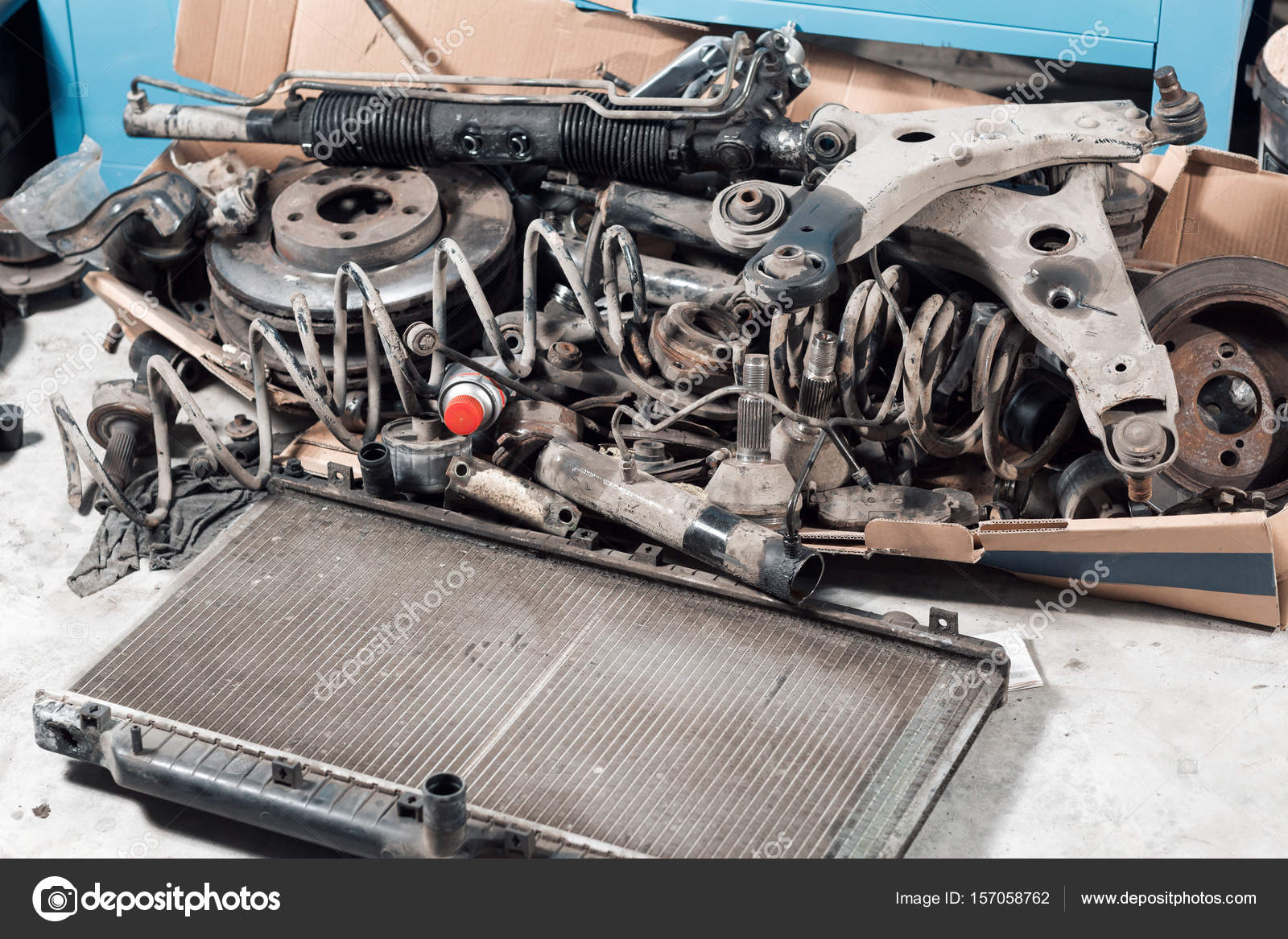 lot old car spare parts in service garage. — Stock Photo ...