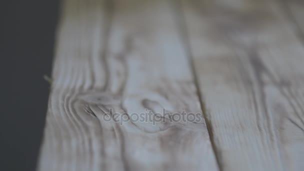 Holzboden oder Tisch. Schieberegler-Bewegungsvideo.