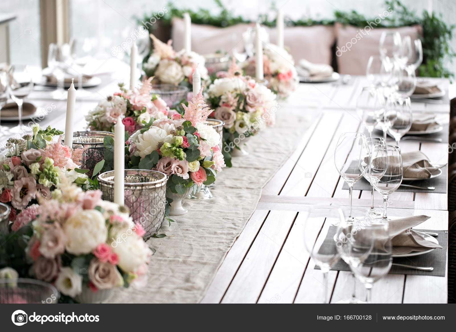 Luxury, elegant wedding reception table arrangement, floral ...