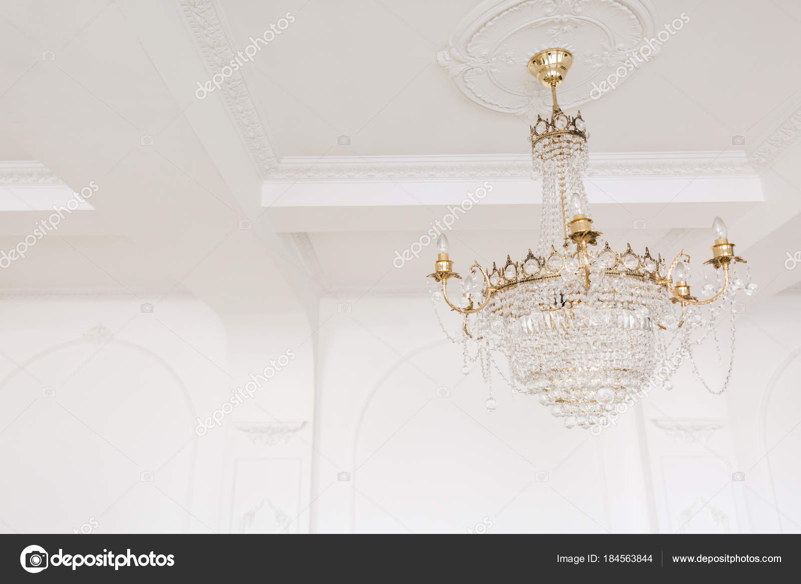 Kronleuchter Mit Glasperlen ~ Teure interieur große elektrische kronleuchter aus transparentem