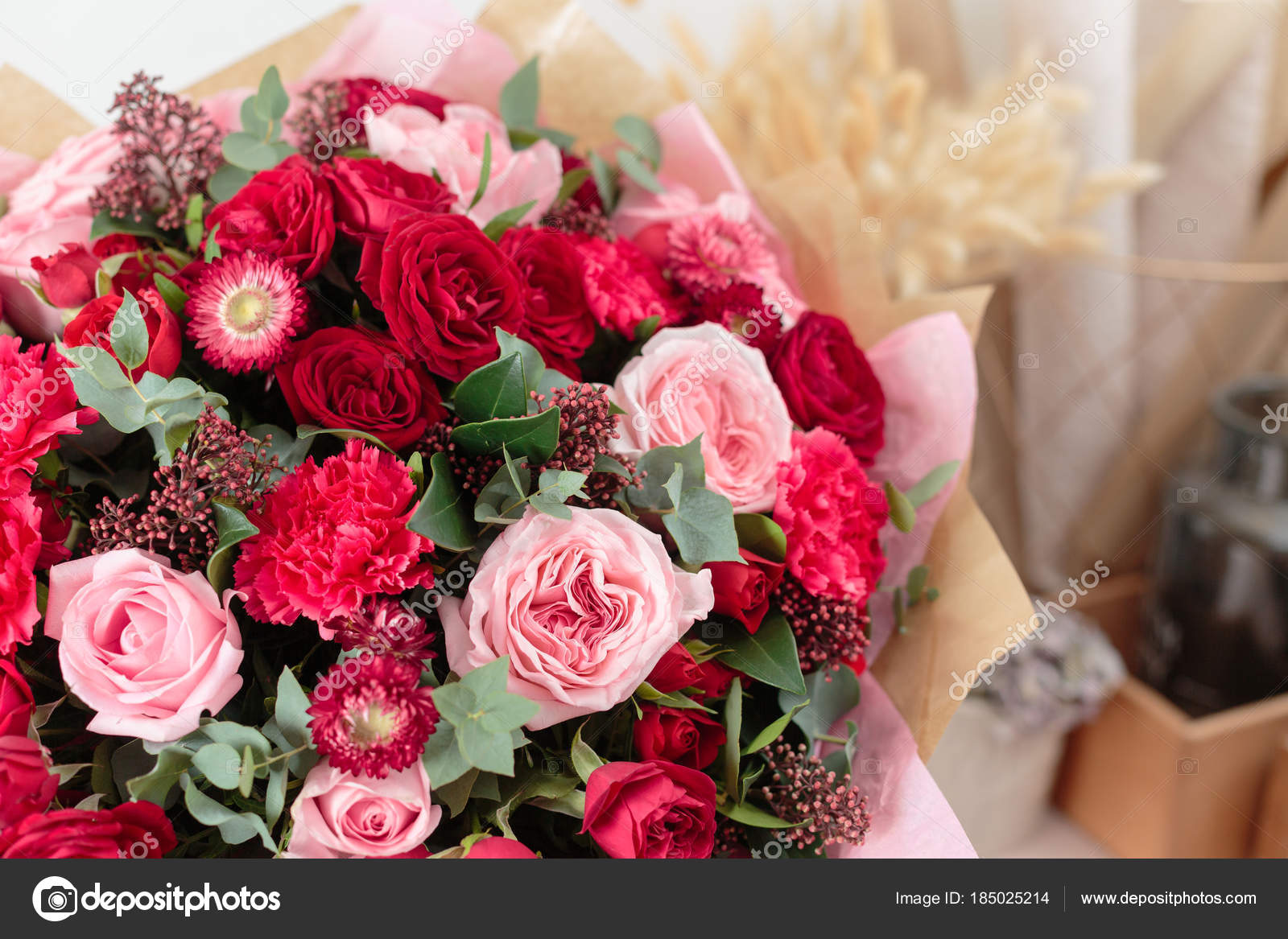 Close Up Beautiful Luxury Bouquet Of Mixed Red And Pink Flowers In