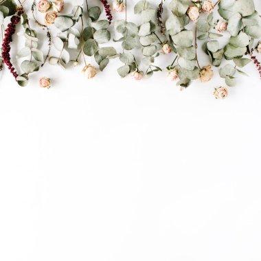 Trendy minimal floral composition