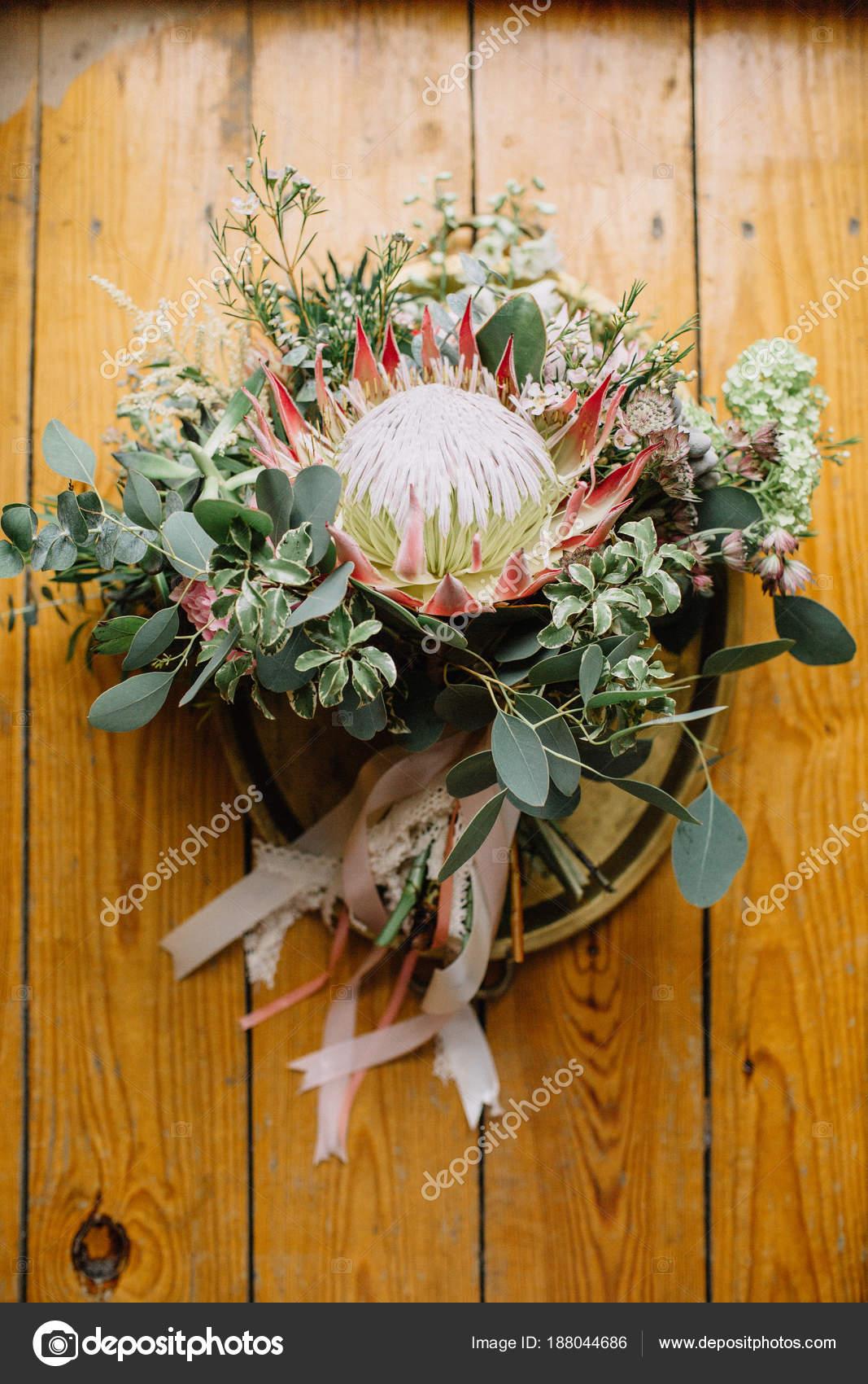 Hochzeit Brautstrauss Mit Protea Blume Und Eukalyptus Zweige Auf
