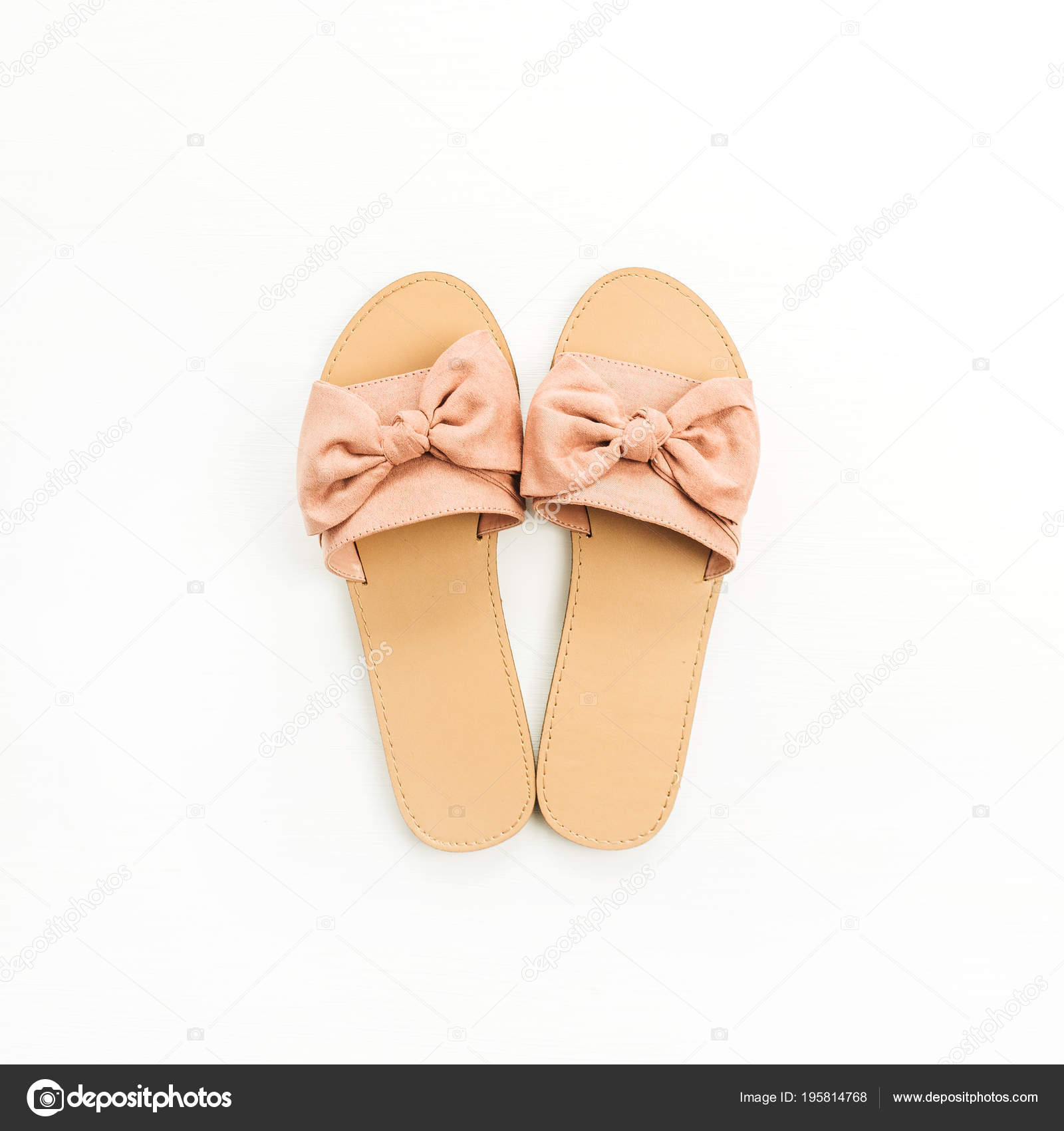 bd501df21 Pink Women Slippers Isolated White Background Flat Lay Top View — Stock  Photo