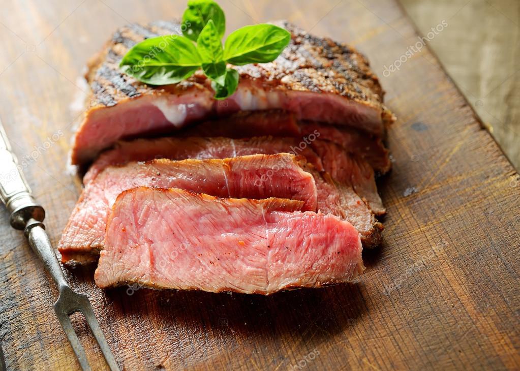 sliced medium rear steak