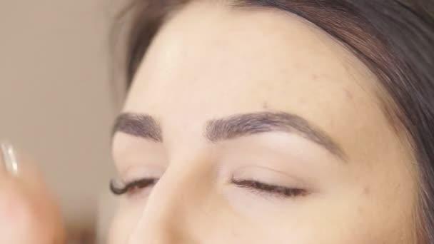 Vytvořit profesionální Make-up