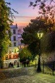 Luci di Montmartre e scale al tramonto