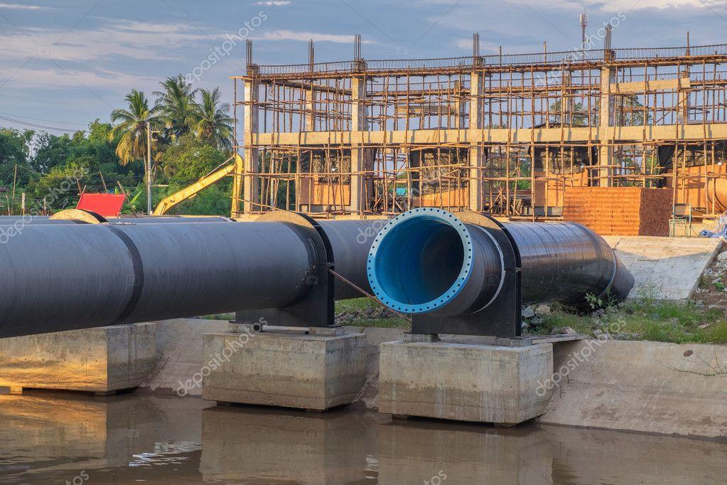 water pipe largeDuring the repair