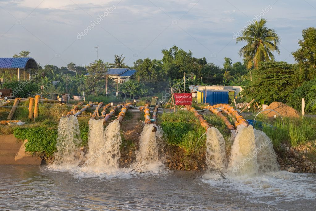 Pumping flood protection
