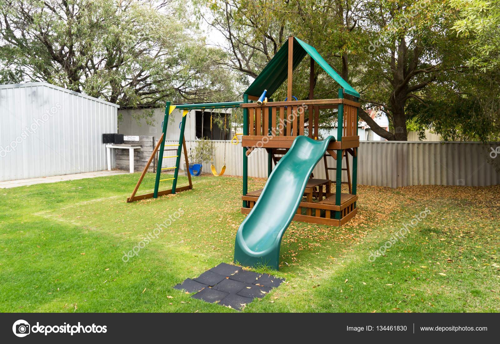 Buona progettare idee casa giochi per bambini da giardino all