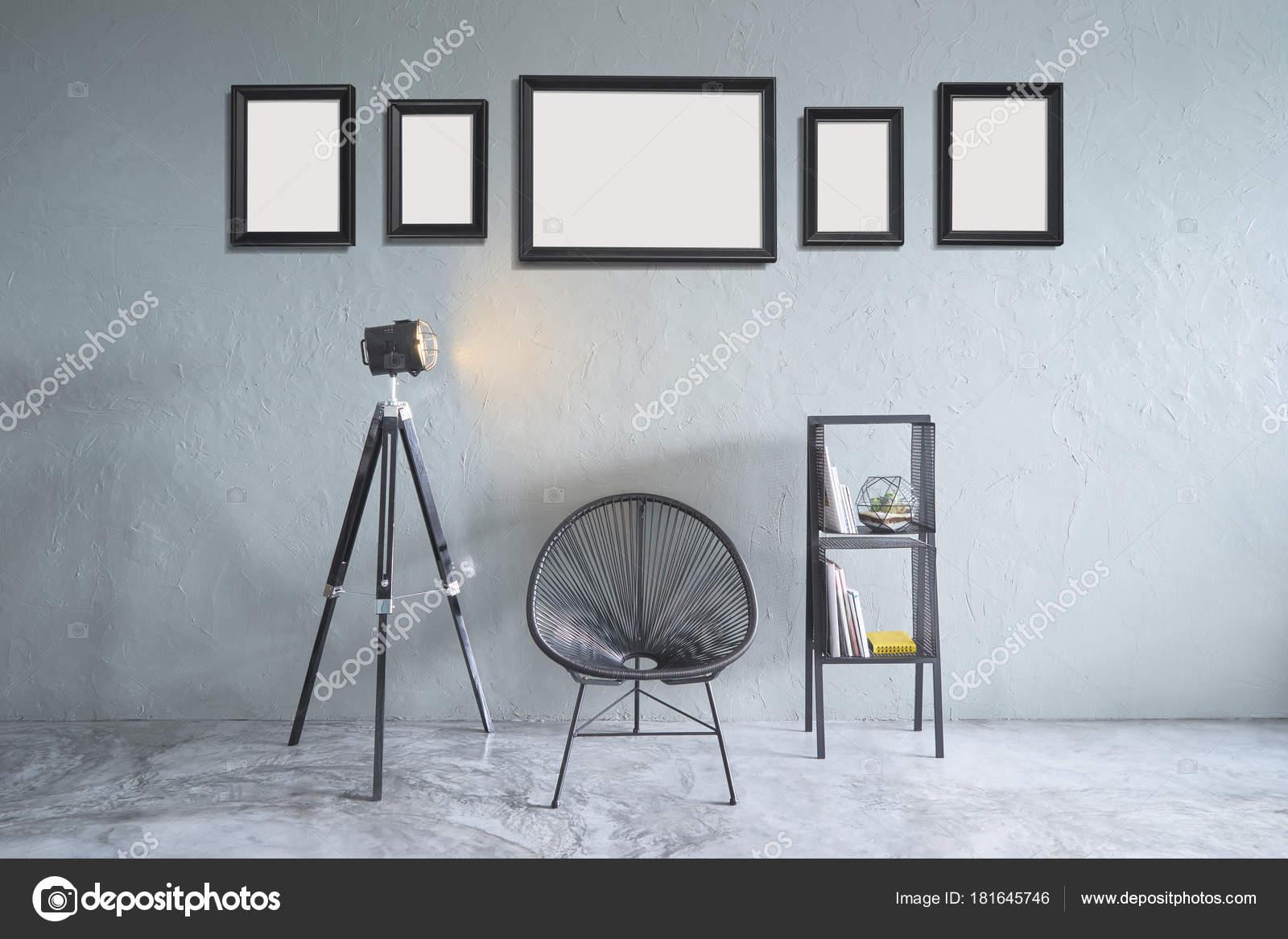 Zimmer Mit Fünf Leere Bilderrahmen Schwarzen Stuhl Lampe Stand Und ...