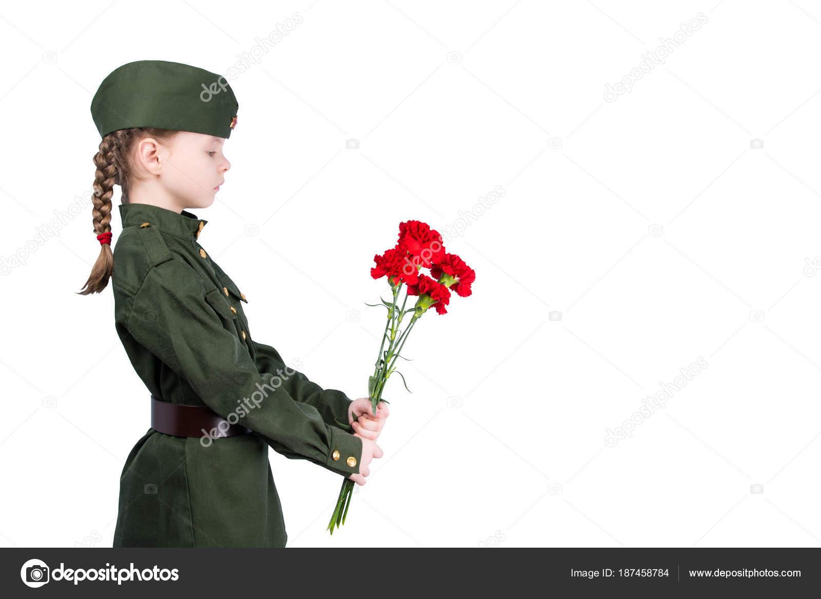 Фото девушек в форме цветов 72