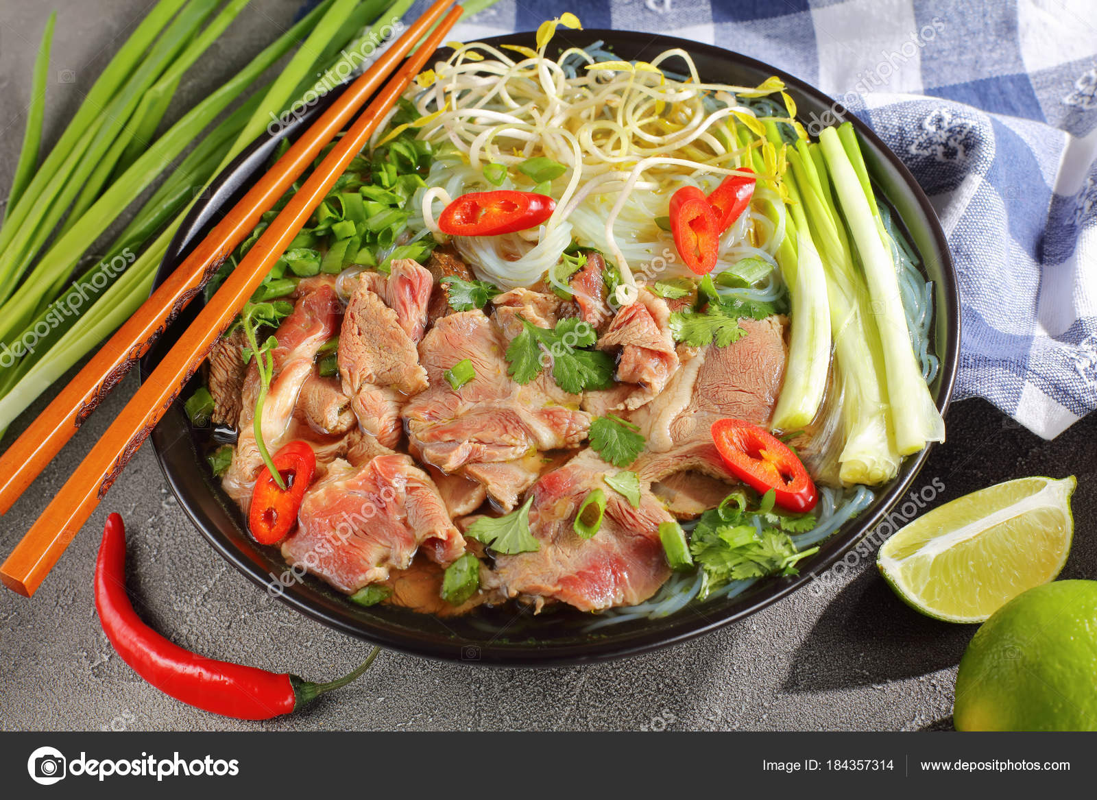 Pictures: pho soup | Vietnamese soup Pho Bo with rice noodle