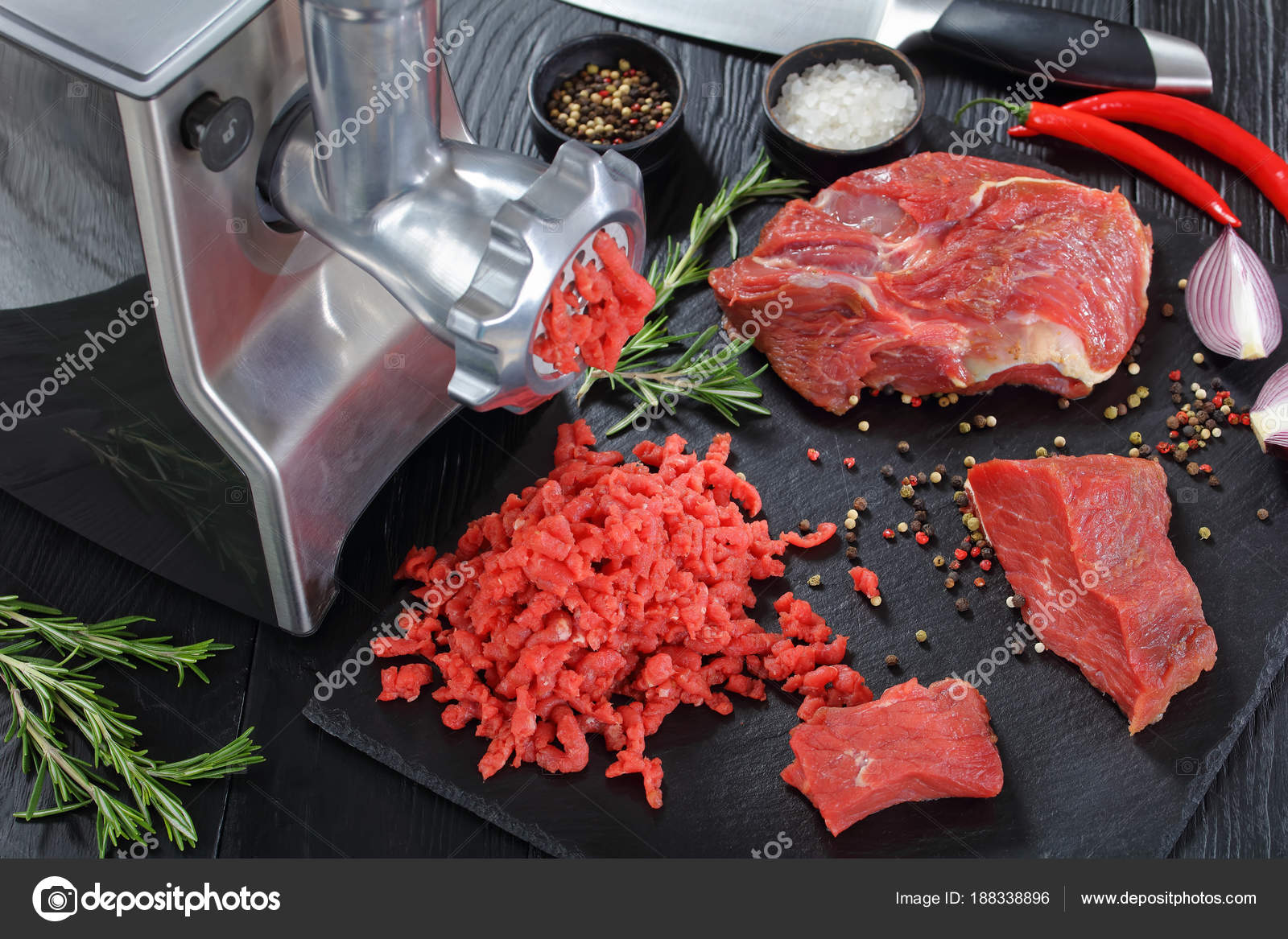 forcemeat essays Forcemeat definition, a mixture of finely chopped and seasoned foods, usually containing egg white, meat or fish, etc, used as a stuffing or served alone see more.