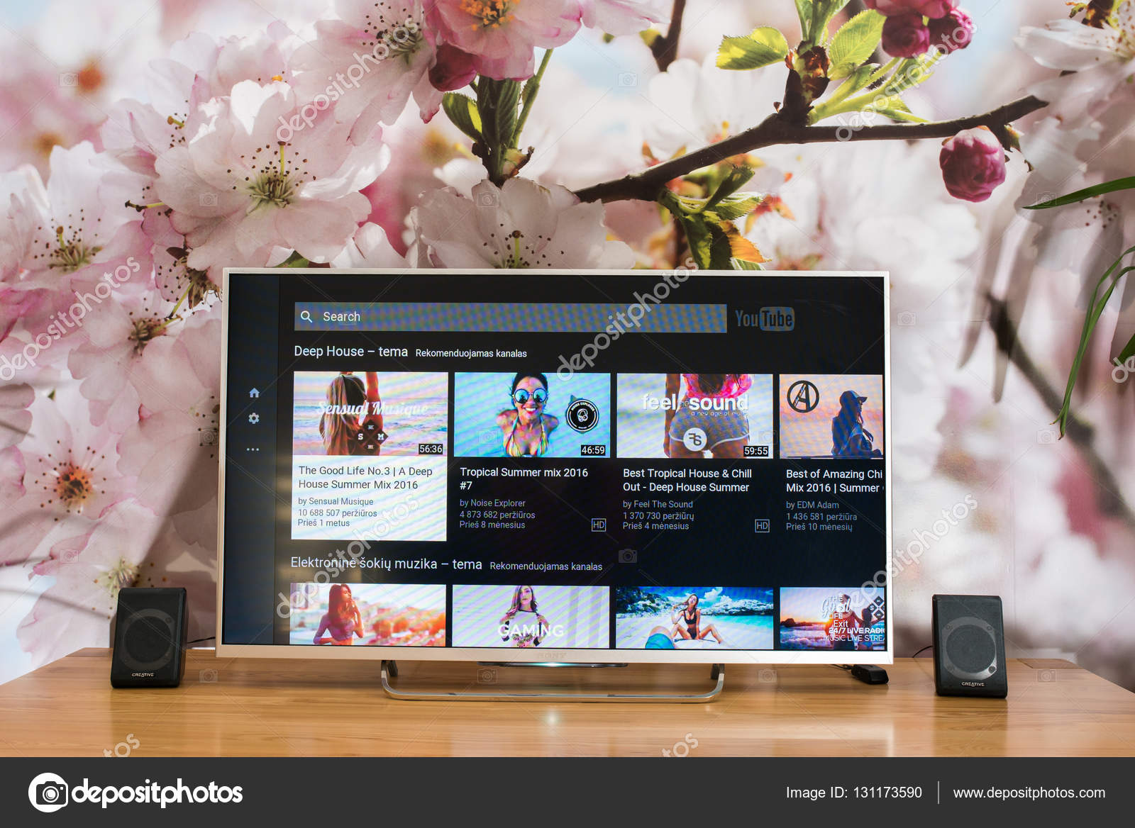 YouTube app on Sony smart TV – Stock Editorial Photo