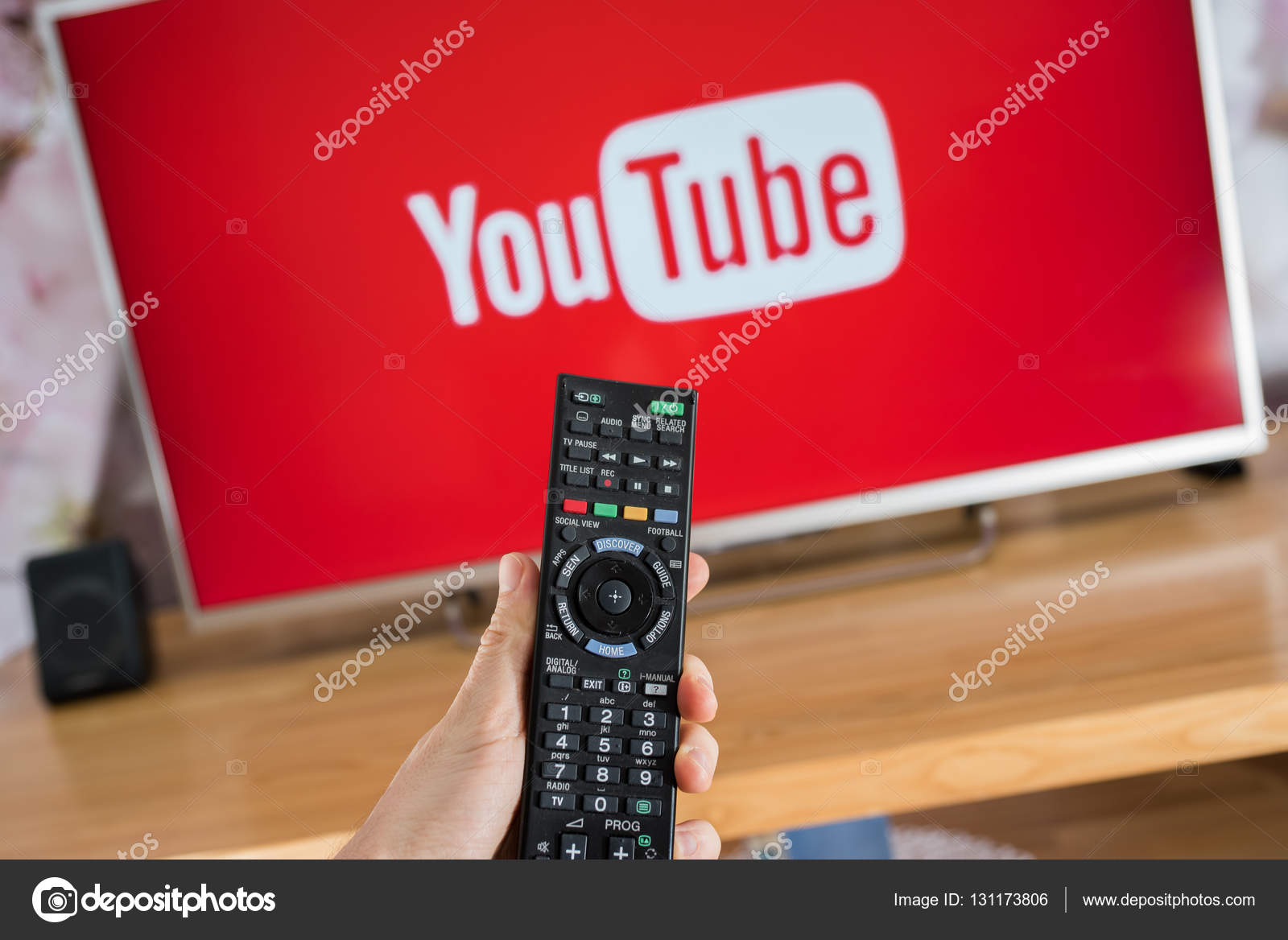 YouTube app on Sony smart TV – Stock Editorial Photo © Afotoeu