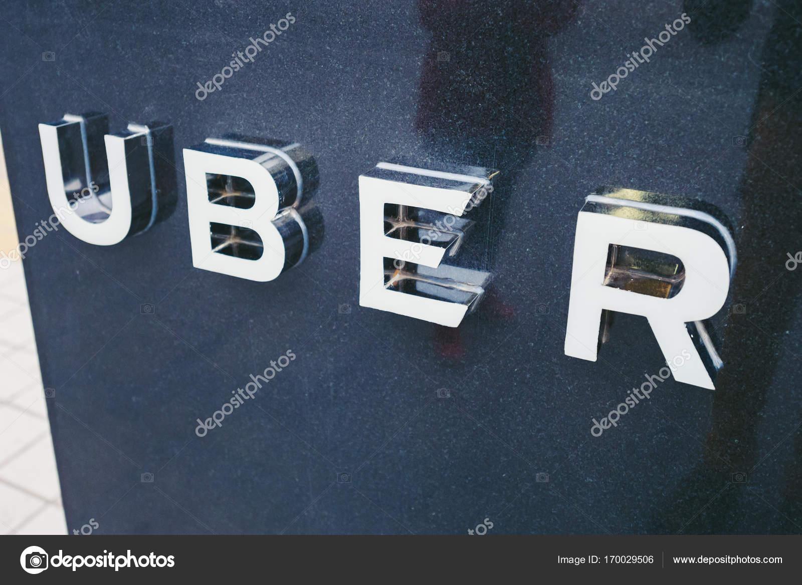 Uber Pickup Poin In Beijing China Stock Editorial Photo Afotoeu