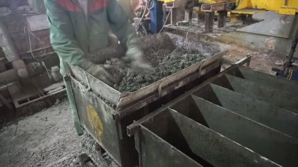 Výroba výrobu bloku z pěnobetonu