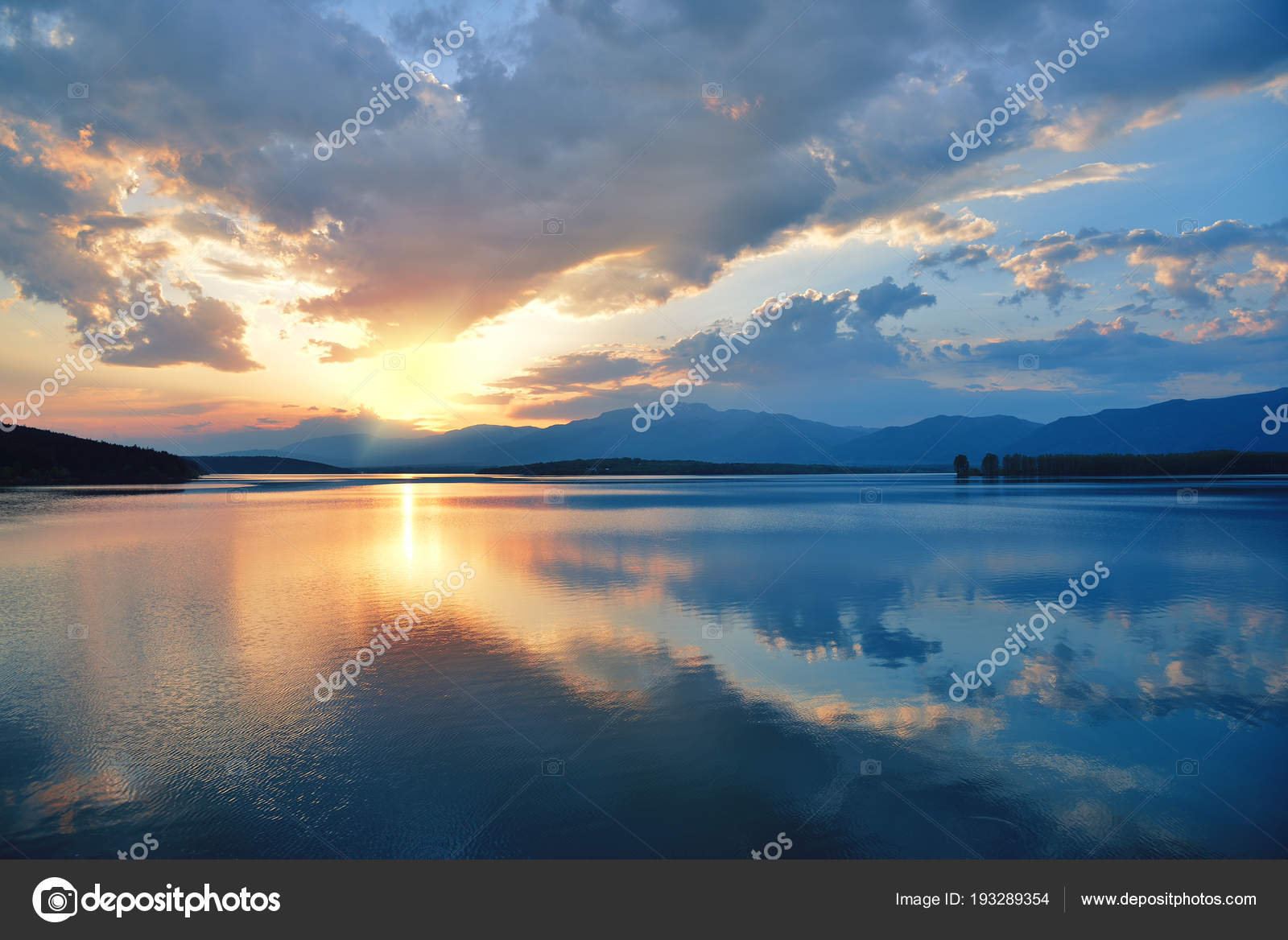 Sunset Or Sunrise Landscape Panorama Of Beautiful Nature Sky With Amazing Colorful Clouds Water ReflectionsMagic Artistic WallpaperDream Line