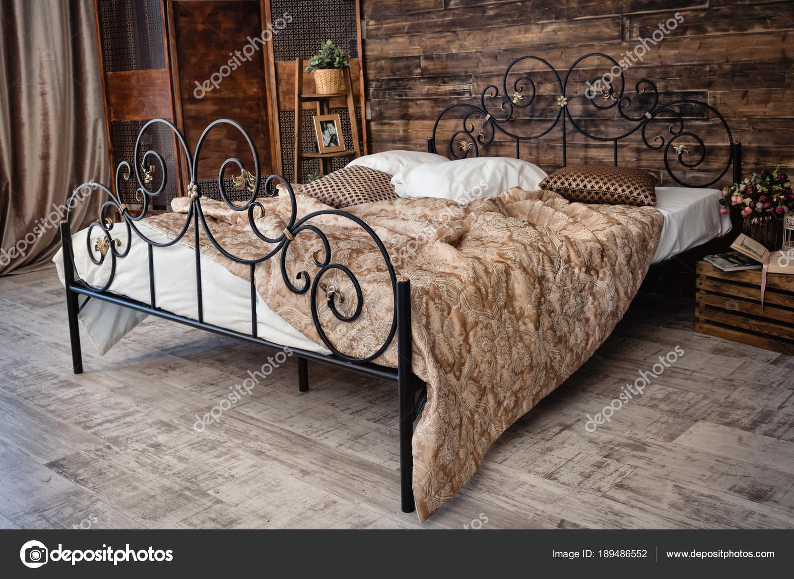Schmiedeeisen Bett Stockfoto C Alfoto Bk Ru 189486552