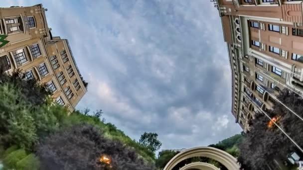 Rabbit Hole bolygó 360 fokos Kijev látnivalóit turizmus utca-és városrészlet