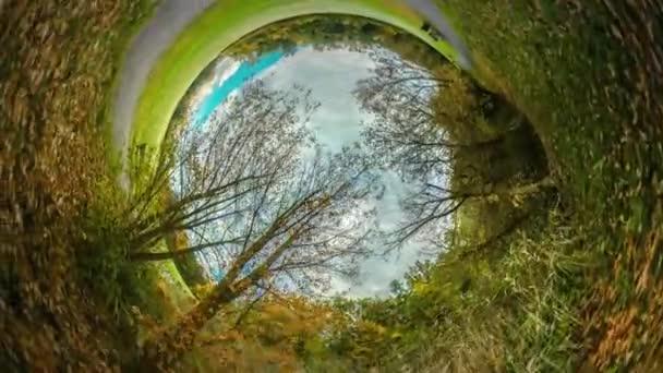 Rabbit Hole bolygó 360 fokos Alley kerti ösvény-ban Park utazótáska a világ gyönyörű táj őszi természet Park vagy az erdő rekreációs szabadban friss levegő