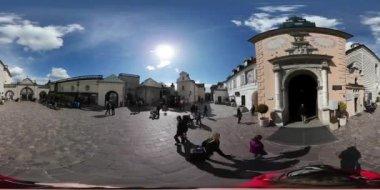 Easter Tour Panorama Of Czestochowa Jasna Gora 360 Vr Video Catholic Monastery Tourists Watching Beautiful