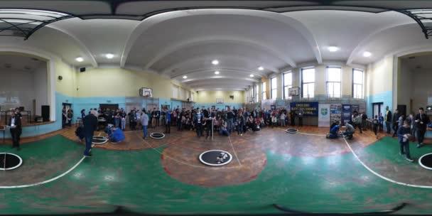 Soutěže pro školy na robotiku navrhování Opole 360vr Video dospívající jsou příprava Sumo kroužky pro roboty Sumo zápas talentované děti budoucí vědce