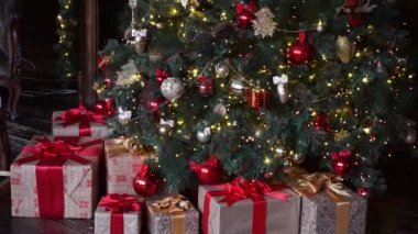christmas decoration christmas tree with gifts - Videos Of Decorated Christmas Trees
