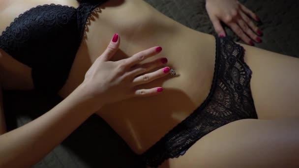 Νέοι μαύροι κορίτσια σεξ βίντεο