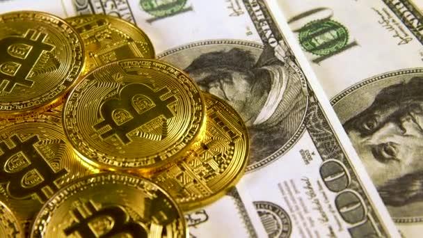 Mnoho bitcoiny btc bit mince lež na stovkách Spojených států. Rotace. Těžba. Kryptoměn. Hospodářství. Kyberprostor. Pozadí