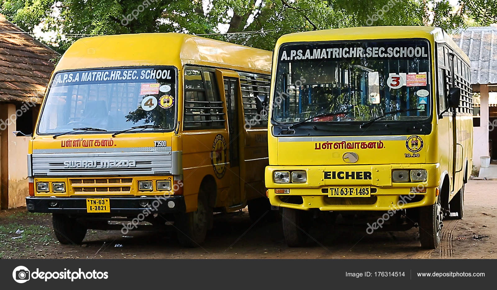 Tiruppatur India March 28th 2016 Indian School Bus Stock
