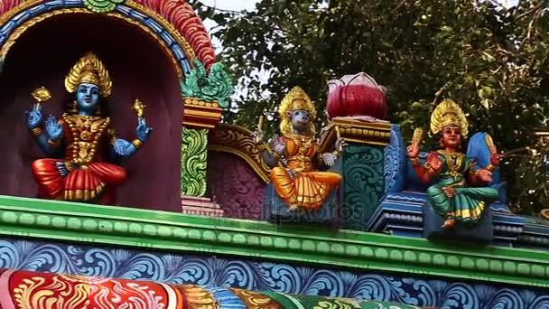 Vnější tradiční hinduistický chrám Indie - rýžování shot