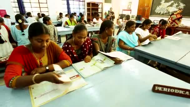 TIRUPPATUR, INDIA - MARCH 15th, 2016: Students study in the library