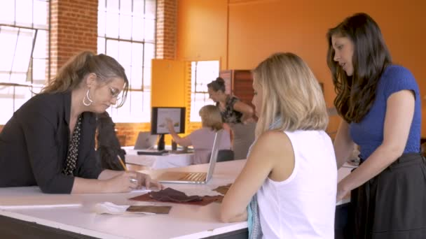 Minden női kisvállalkozás beindításához együttműködnek, és együtt dolgoznak