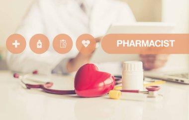 HEALTH CONCEPT: PHARMACIST