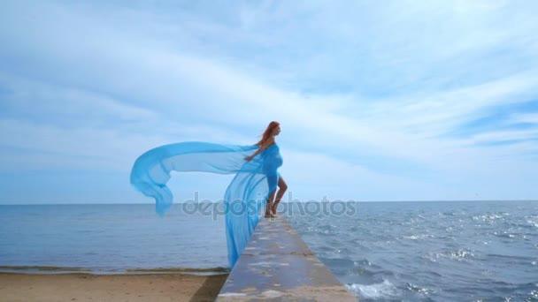Видео женщин на море фото 615-571
