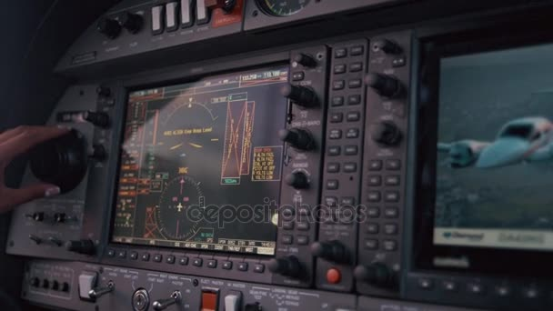 Navigationsleiste im Cockpit des Flugzeugs. Bedienfeld-Bildschirm. Flugzeugnavigation
