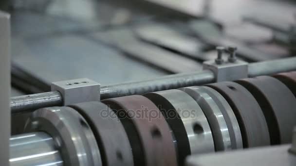 Fabrik Förderstrecke. Stahlfabrik Produktionslinie. Stahlherstellung