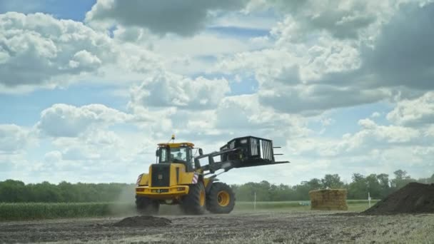 Agricultural equipment for loading and transporting haystacks. Farming industry